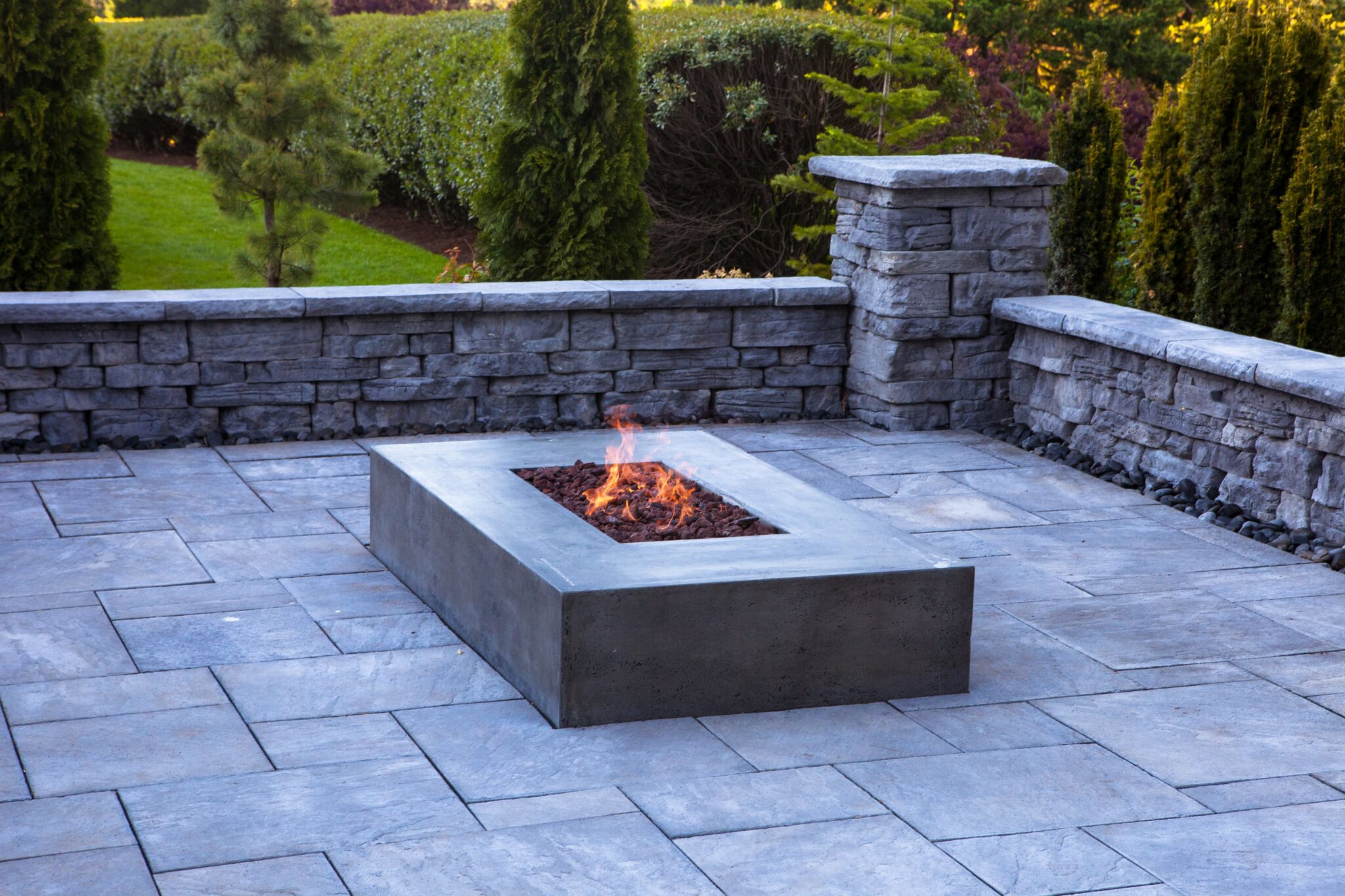 Oregon Golf Club's Custom Outdoor Living Area Oregon City Or